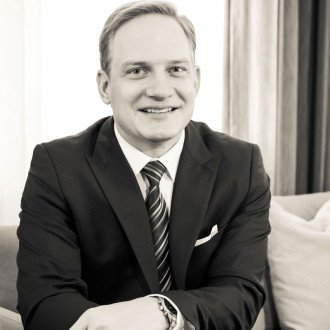 christian schuebert general manager hotel